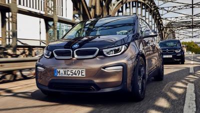 BMW i3 e i3S: benvenuta batteria da 120 Ah e 42,2 kWh