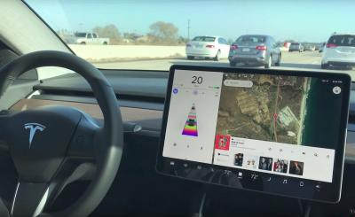 Tesla Model 3: benvenuto Navigate on Autopilot