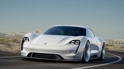 Incentivi auto: si attendono conferme per elettriche, ibride e a metano