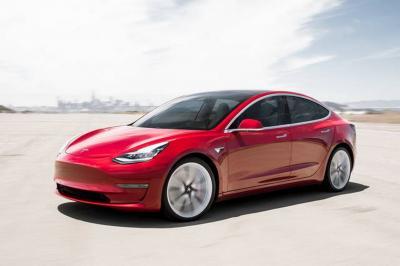 Tesla Model 3: pronto il lancio anche in Italia