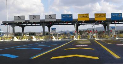 Autostrade: Toninelli punta al blocco degli aumenti per tutto il 2019