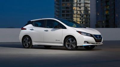 Nissan Leaf e+: l'autonomia sale a 385 km