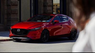 Mazda 3 ibrida: svelati prezzi e dettagli tecnici
