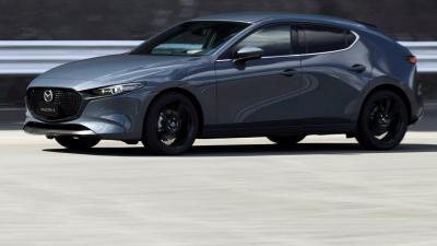 Mazda 3 SkyActiv-X: svelati listino e dettagli tecnici