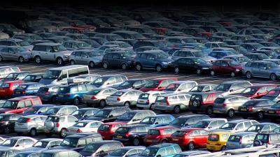 Mercato auto nuove: i prezzi sono aumentati più dell'inflazione