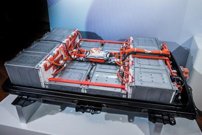 Volkswagen non si lascia scappare il litio per le batterie
