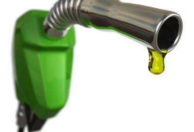Aumento IVA: la benzina sarà più cara