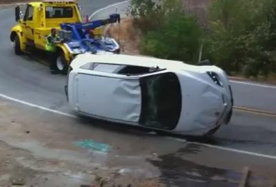 Mazda3 incidentata, il soccorso finisce male