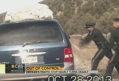USA, poliziotto spara contro un MiniVan con a bordo madre e bambini