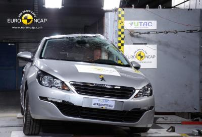 La nuova Peugeot 308 ottiene le 5 stelle nei test Euro NCAP
