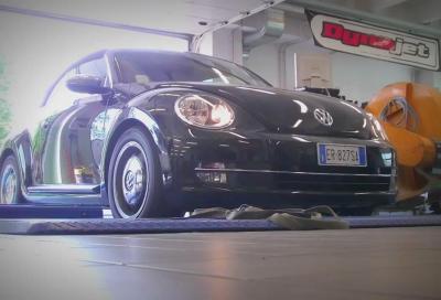 Centro Prove, il Volkswagen Maggiolino Cabriolet 1.6 TDi durante i test al banco