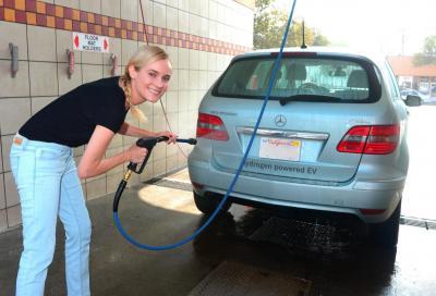 Bere dallo scarico di un'auto? Basta che sia ad idrogeno