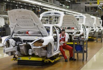 Porsche, cerimonia di apertura a Lipsia per il nuovo stabilimento Macan
