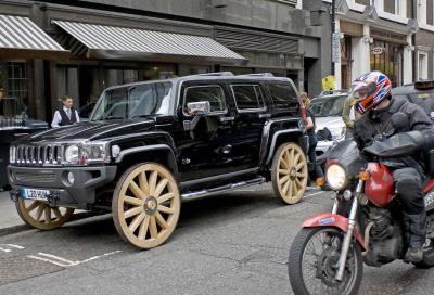 Parcheggi più cari per suv e furgoni