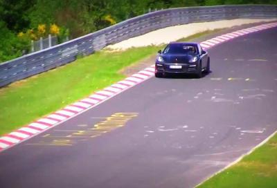 Le prossime 2017 Porsche Panamera V6 e V8, nei test al Nürburgring