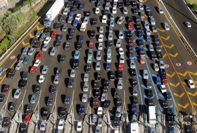 """Esodo estivo 2014: traffico in """"profondo rosso"""", ma niente bollino nero"""