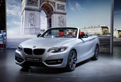 BMW al Salone di Parigi con la Serie 2 Cabrio, la X6 e la i8