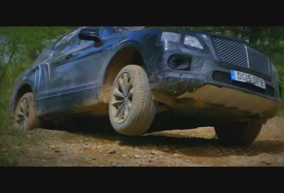Nuova 2015 Bentley Bentayga, i test off road in Spagna