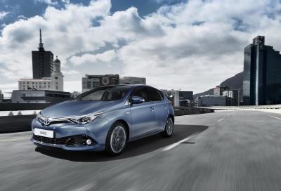 Toyota Auris e Auris Touring Sports 2015, arriva un nuovo 1.2 turbo benzina