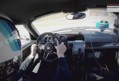 Walter Röhrl, incidente in pista sulla Porsche 918 Spyder