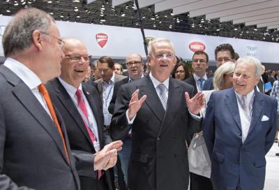 Emissioni, Volkswagen ammette in USA di avere imbrogliato e sospende le vendite del 2.0 TDI