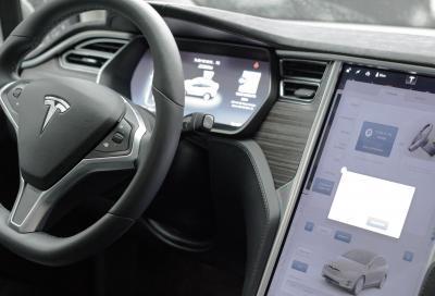 Tesla Model X, la nuova Suv elettrica