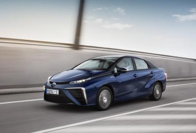 Nuova Toyota Mirai 2016, foto e prime specifiche del modello europeo