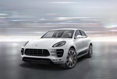 Porsche, prezzi e aggiornamenti della Macan MY 2016