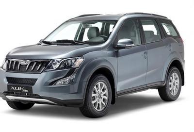 Mahindra XUV500 e Quanto