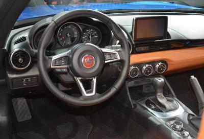 Fiat, nuove immagini della 124 Spider