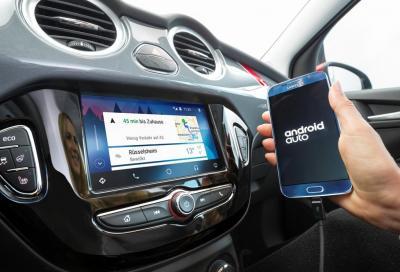 Connessione Internet e nuovo sistema infotainment per la Opel Adam