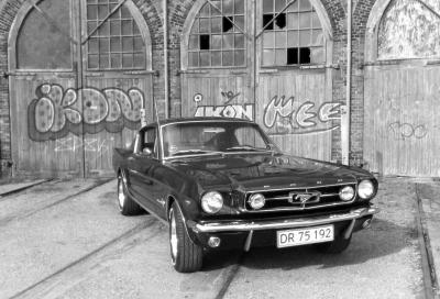 Ford Mustang, le prime due generazioni