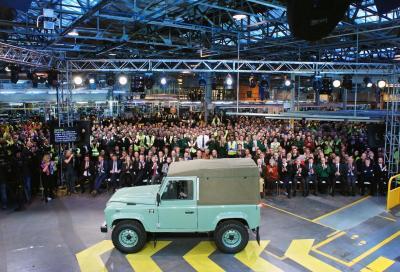 Land Rover Defender, dopo 68 anni esci di scena un' autentica leggenda