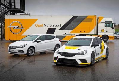 Opel Astra TCR al debutto nel Golfo Persico