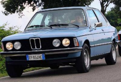 BMW Serie 3 E21: una magnifica ballerina