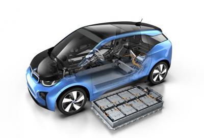 BMW i amplia a 300 i km di autonomia della nuova i3 2017