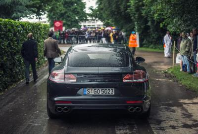 Porsche, la nuova Panamera a Goodwood