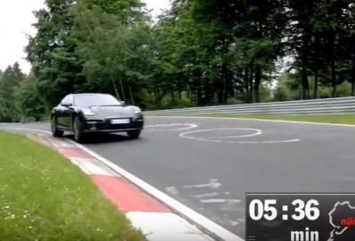 Nuova Porsche Panamera Turbo, 7:38 al Ring