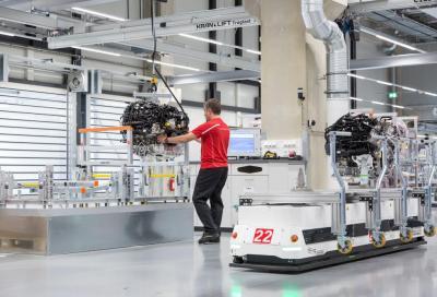 Porsche, una nuova fabbrica da 200 motori V8 al giorno