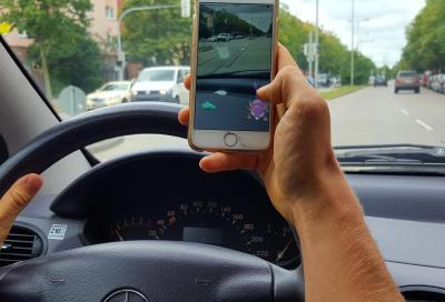 SICUREZZA: telefonino alla guida? ecco cosa rischi