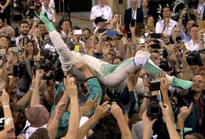 Nico Rosberg è campione del mondo F1, inutile la vittoria di Lewis Hamilton