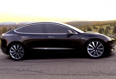 Pronte le preserie della Tesla Model 3