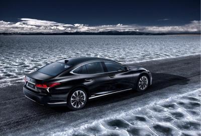 La nuova Lexus LS 500h in anteprima a Ginevra