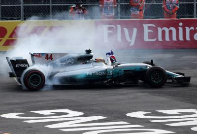 F1, Verstappen vince in Messico