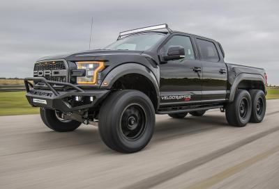 Hennessey VelociRaptor 6x6: il pick-up è estremo