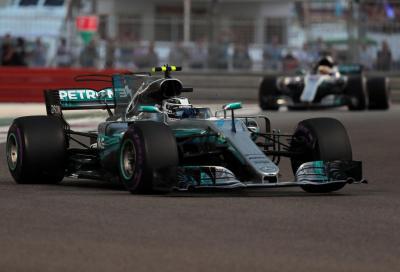 F1, ad Abu Dhabi Bottas guida la sfilata Mercedes