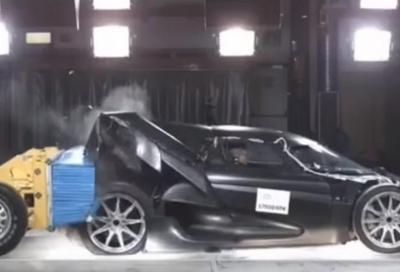 La Koenigsegg Regera a nudo nei crash test