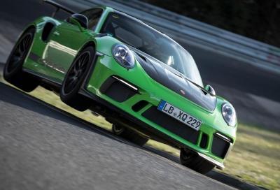 Porsche 911 GT3 RS: al Nürburgring è di nuovo record