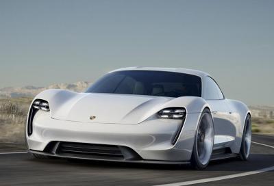 Porsche Taycan: 600 CV affamati di elettricità