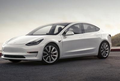 Tesla: pronta a licenziare ben 4.100 dipendenti